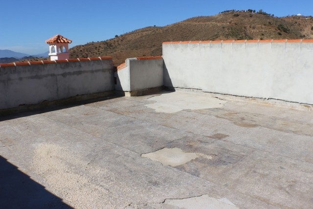2nd house roof terrace